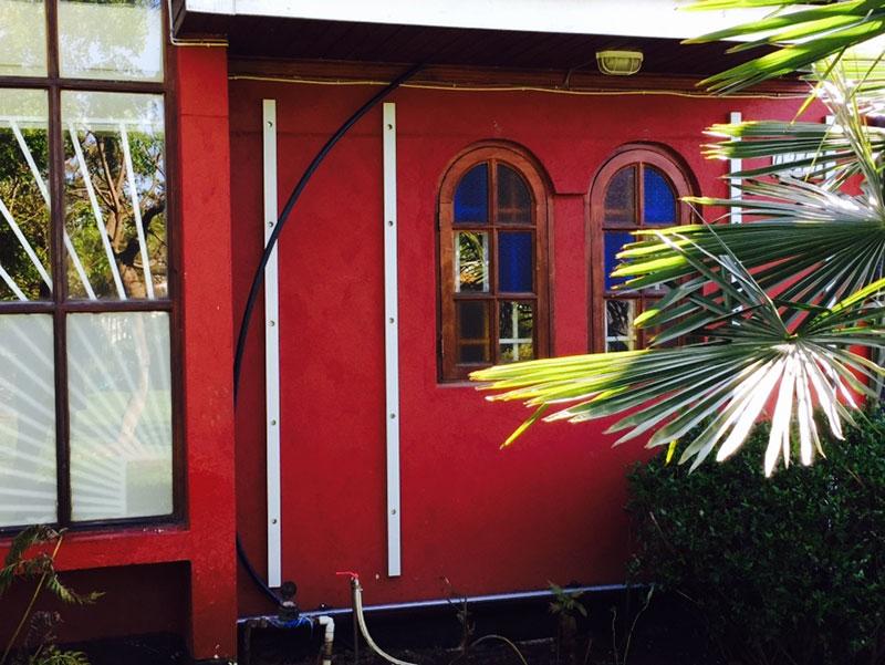 Mauricio ascencio jardines verticales en araucan a chile for Oficina padron barcelona